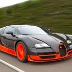 O carro de rua mais rápido do mundo atinge 432 kmh veja o vídeo.