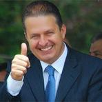 Eleições 2012 - Campos admite possibilidade de decidir eleição em segundo turno com o tucano Aécio Neves