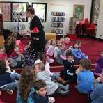 Educação - Como contar histórias - a importância dos gestos, do tom de voz e do olhar