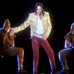 Música - Holograma de Michael Jackson é usado no Billboard Music Awards 2014