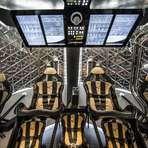 Espaço - SpaceX apresenta nave capaz de levar sete astronautas à ISS