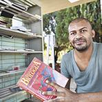 Educação - Ex-catador de lixo se forma em medicina: venceu fome e pobreza