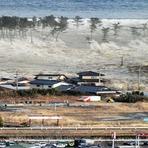 Internacional - Tsunami no Japão foi causado pelos Illuminati afirma repórter canadense