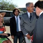 Política -  Supremo derruba decisão de Barbosa e entende que Dirceu pode trabalhar fora da Papuda