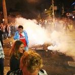Copa do Mundo - PM dispersa torcedores argentinos a força