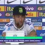 Copa do Mundo - Neymar, bem humorado, recomenda jornalistas ranzinzas a procurarem psicólogos.
