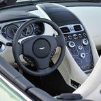 Automóveis - Aston Martin Vanquish Volante 2014