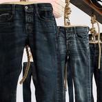 """Internacional - Estudantes criam calça """"anti-ataque"""" para mulheres indianas"""