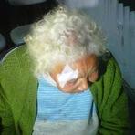 Violência - Idosa de 92 anos reage e bate de tamanco em assaltante no RS