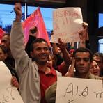 Segurança - Sem-teto fazem protestos simultâneos em operadoras de telefonia e ocupam Anatel em SP